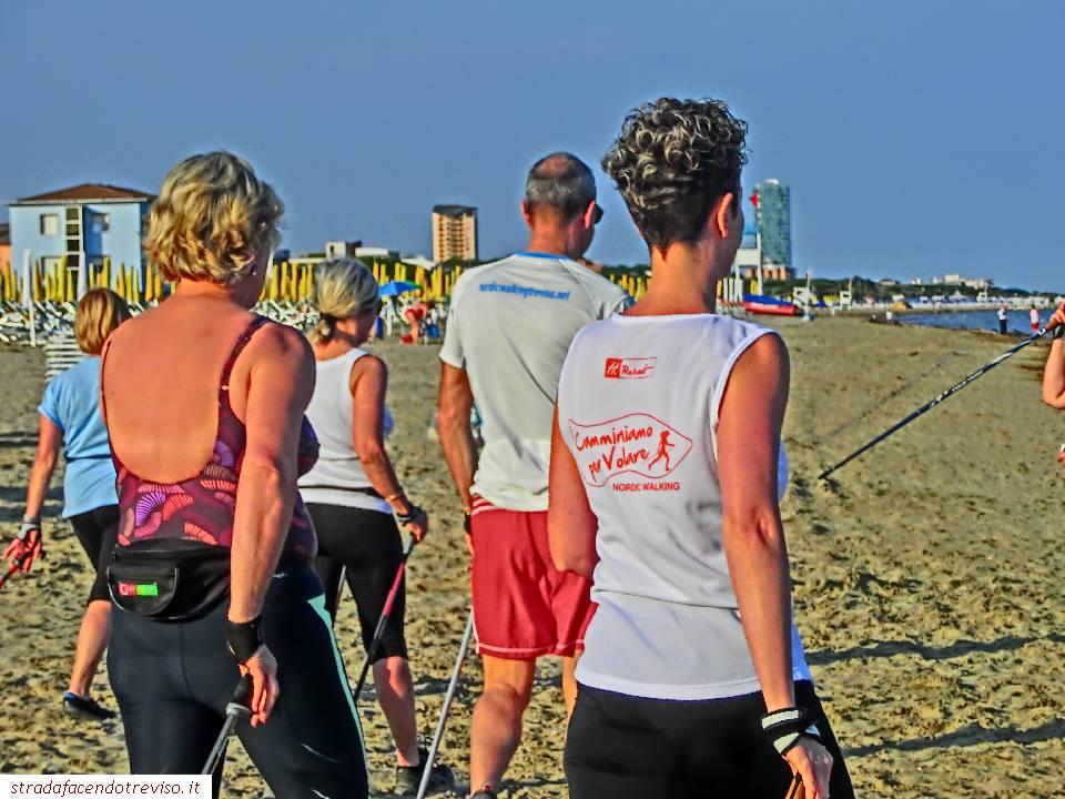 beach nordic walking jesolo